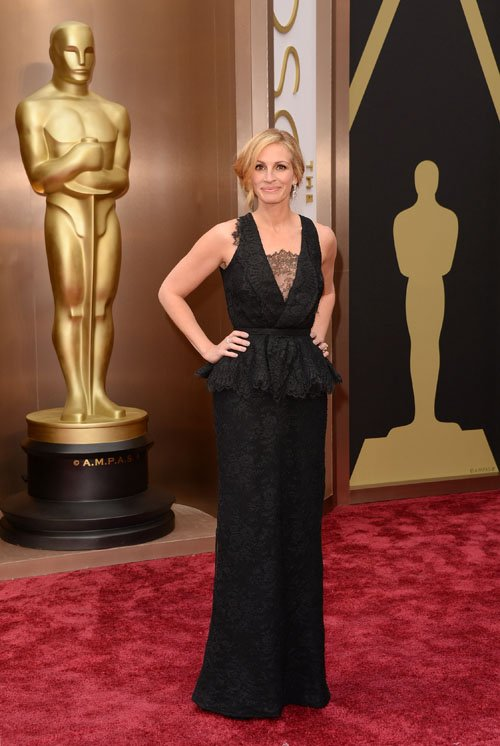julia-roberts--red-carpet-oscars-2014
