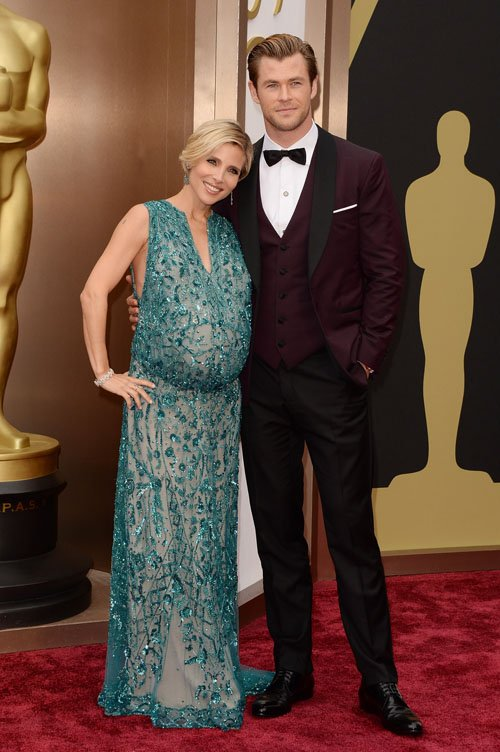 chris-hemsworth-elsa-pataki-red-carpet-oscars-2014